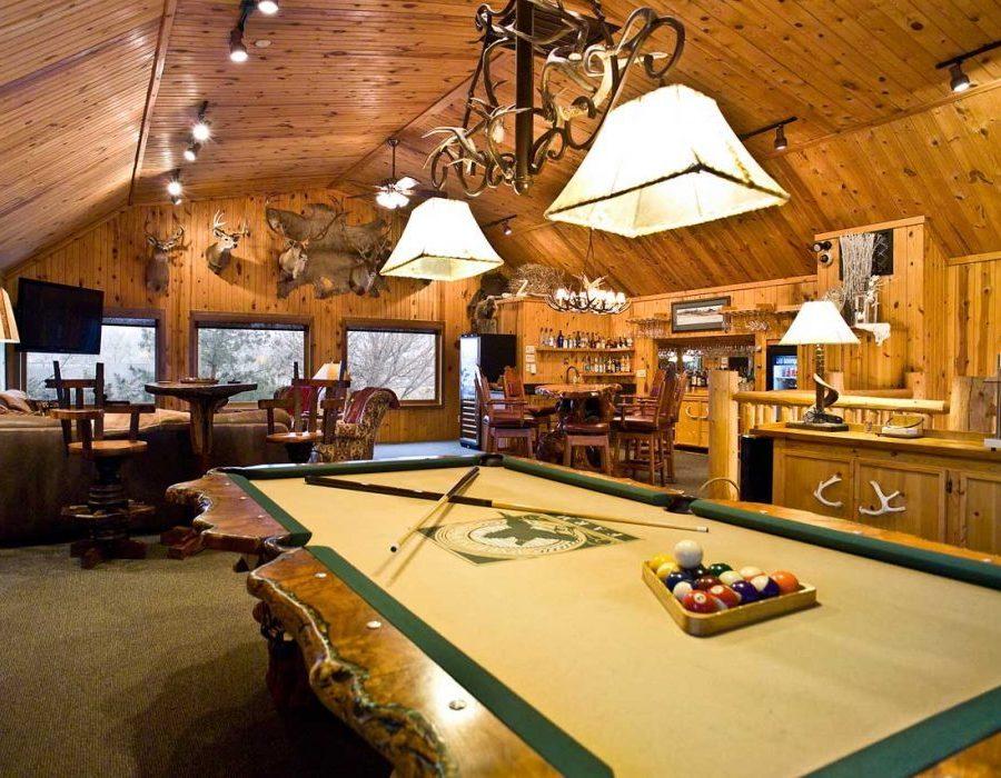 South Dakota Luxury Pheasant Lodge - Gettysburg