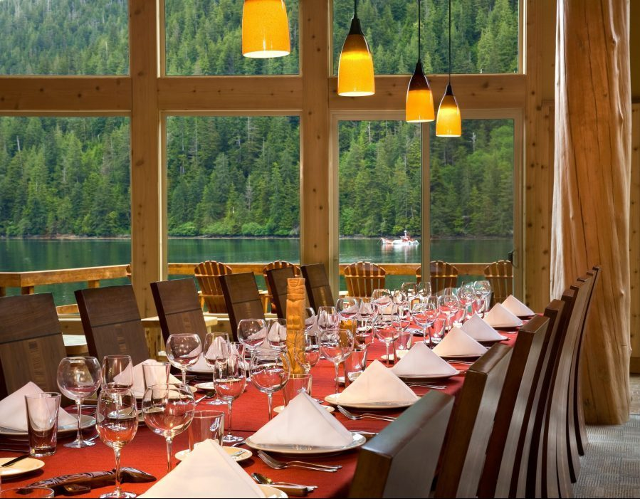 Alaska Salmon Fishing Lodge – Luxury