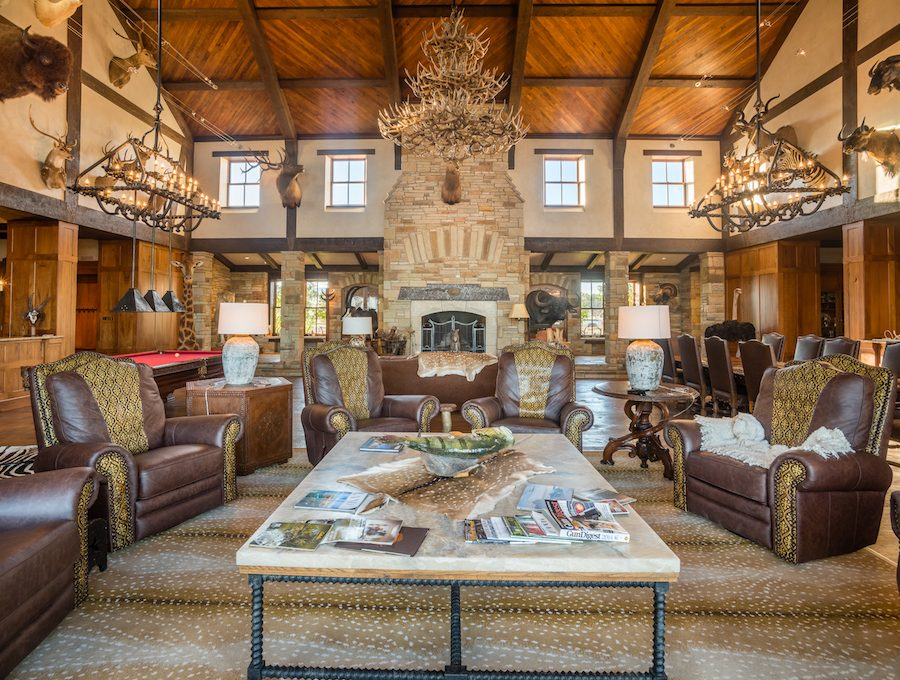 Texas Luxury Exotic Hunting - Brownwood